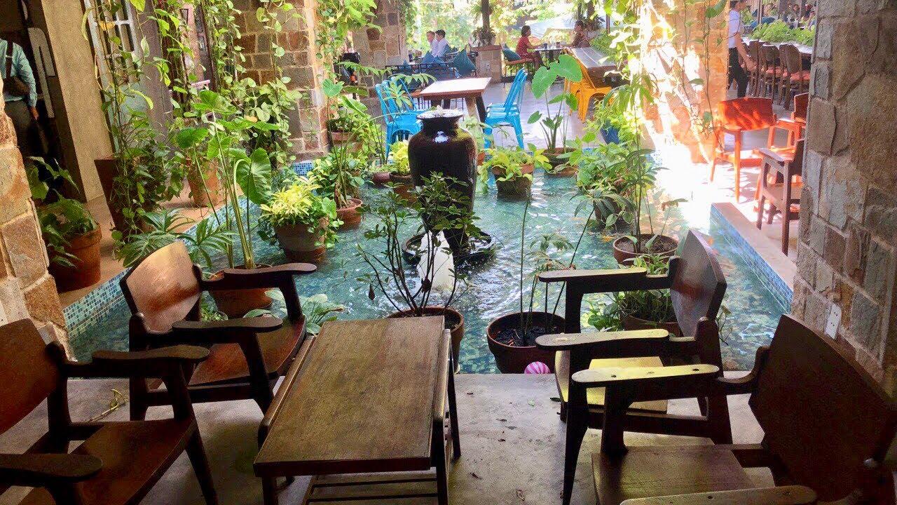 Cách bố trí tiểu cảnh hồ nước trong lòng quán cà phê|Tiểu cảnh nước mát mẻ - Kho Tư liệu Xây dựng