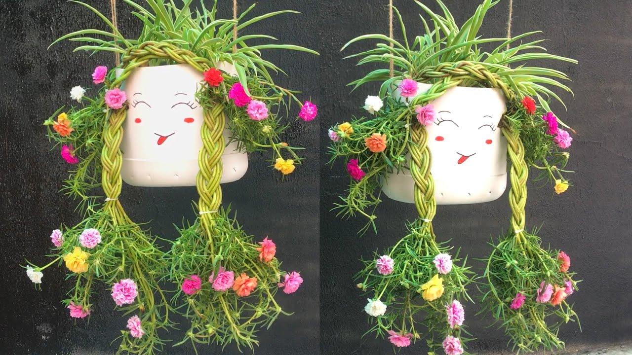 Cô gái bím tóc hoa mười giờ xinh đẹp