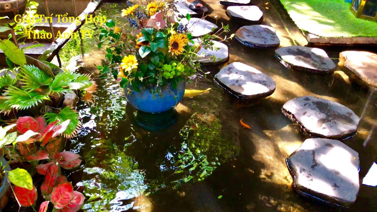 Thư giãn quán Cafe sân vườn tuyệt đẹp, từng đàn cá Koi dưới mỗi bước chân đi và tô Bún Bò hết hồn.