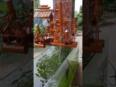cận cảnh guồng quay xe nước bằng trúc