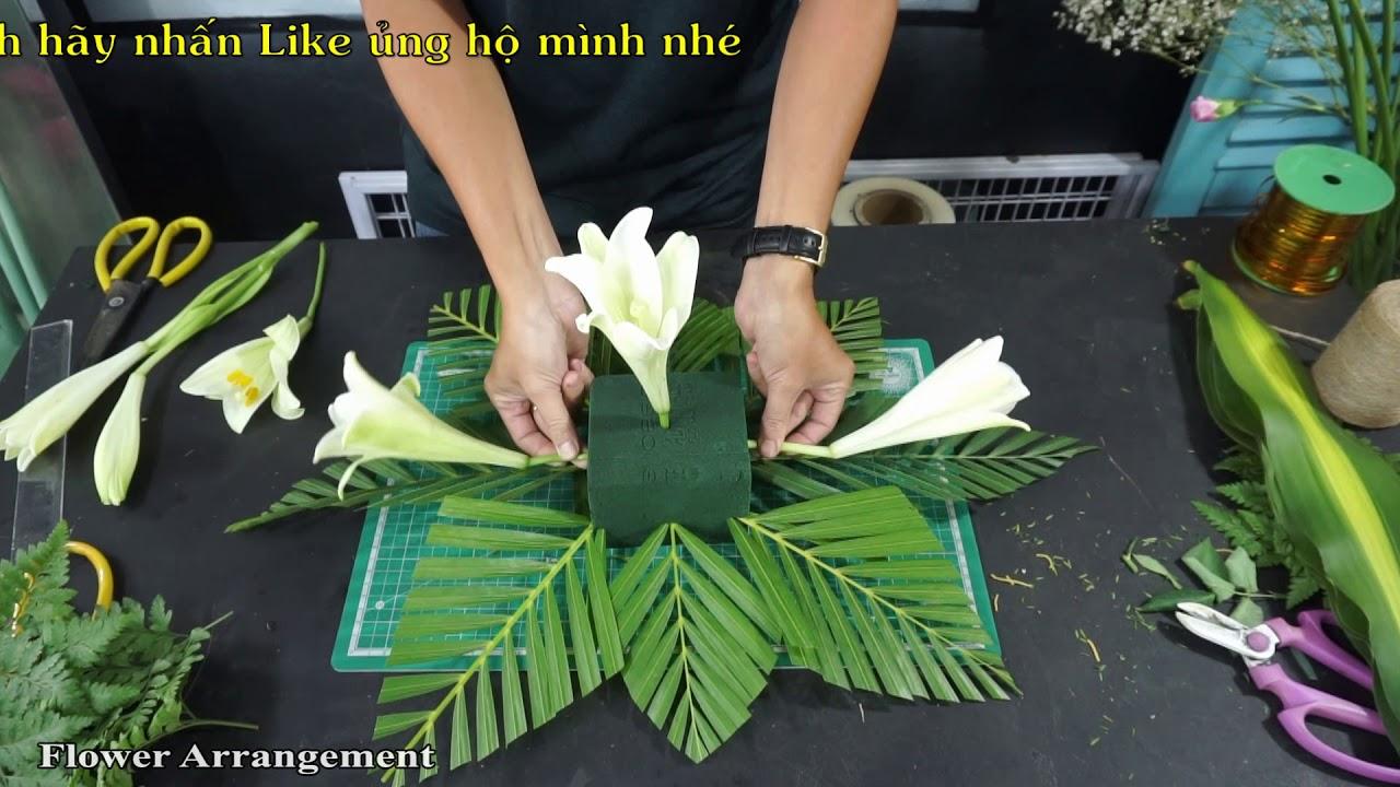 Cách cắm hoa để bàn hoa Loa kèn trắng | Flower Easy