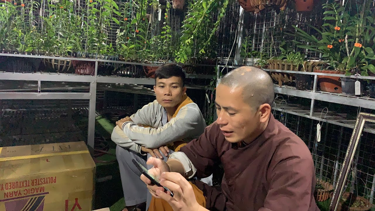 Khui quà của anh Nguyễn Ngọc Hà và bốc game may mắn