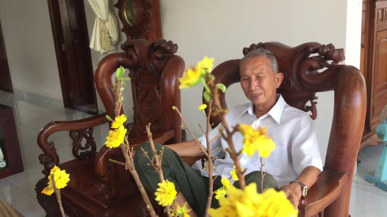 #165 : Truyền thống người Việt . Khách đến nhà chúc tết đầu xuân